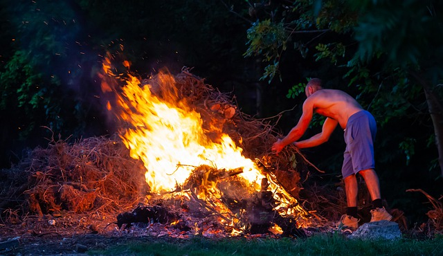 Hatalmas lángok